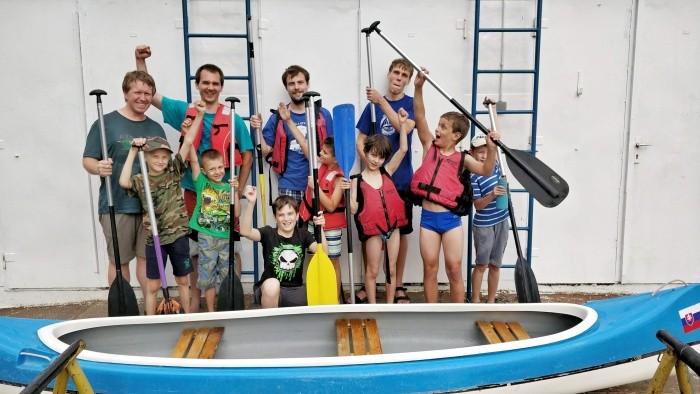 Vĺčatá v lodenici (13.6.2018)