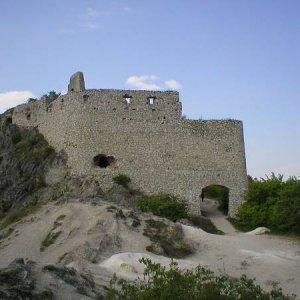 29.4.2007  14:52, autor: Amigo / Čachtický hrad