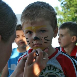 16.6.2007  19:15, autor: Amigo / Maľovanie na tvár nemalo konca