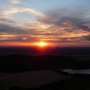 30.6.2007  20:48, autor: Amigo / ...a prekrásnym západom slnka...