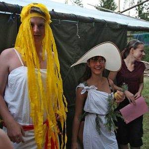 17.7.2007  20:40, autor: Teoretik / Krásna Persefona s jej matkou - bohyňou Demeter