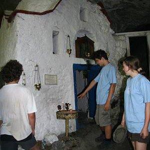 24.8.2007  11:10, autor: Teoretik / Pustovníkova jaskyňa neďaleko Moni Agiou Dionysiou