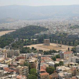 31.8.2007  11:19, autor: Teoretik / Pohľad na zvyšky chrámu Olympského Dia