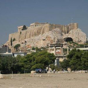 1.9.2007  10:45, autor: Teoretik / Pohľad na Akropolu
