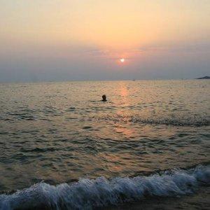 1.9.2007  18:35, autor: Teoretik / Naše prvé kúpanie sa v mori