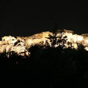 3.9.2007  20:38, autor: Teoretik / Séria fotiek z nočných Atén