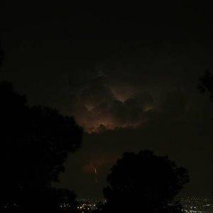 5.9.2007  0:04, autor: Teoretik / Nočná búrka v horách za Thessalonikami
