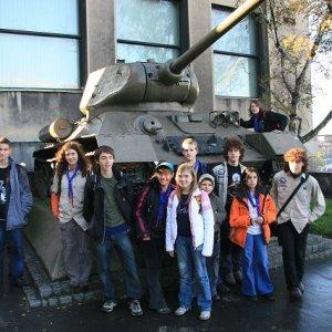 3.11.2007  9:54, autor: Teoretik / Pred múzeom vojenskej histórie