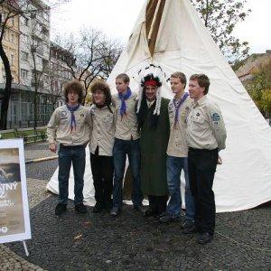 8.11.2007  9:11, autor: Teoretik / Spoločné foto s veľvyslancom USA Rodolphe M. Vallee