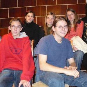 14.12.2007  23:49, autor: Amigo / (14.12.2007) No na osobnostiach sa treba trošku sústrediť nie?