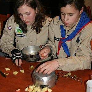 15.12.2007  21:08, autor: Teoretik / Tradičné rozkrajovanie jabĺčok