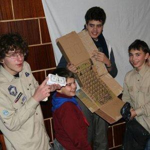 15.12.2007  23:21, autor: Teoretik / Medvedi pripravili spoločenskú hru