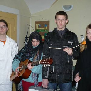1.2.2008  15:08, autor: Amigo / Tak to je tá banda, čo chce predať šíp kapitána Cooka...