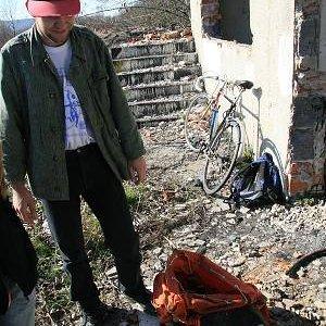 15.3.2008  14:08, autor: Teoretik / U starinára, na konci sveta