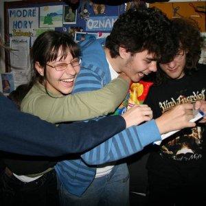 23.4.2008  17:54, autor: Teoretik / A zase tí fanúšikovia