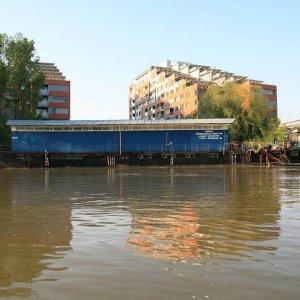 24.4.2008  18:09, autor: Teoretik / Naša lodenica