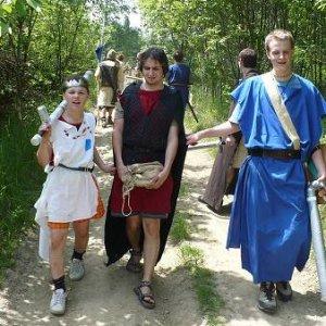 31.5.2008  11:58, autor: Amigo / ...na mulici si odnášajú korisť...