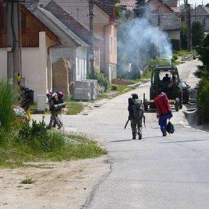 14.6.2008  9:23, autor: Amigo / Jede traktor...
