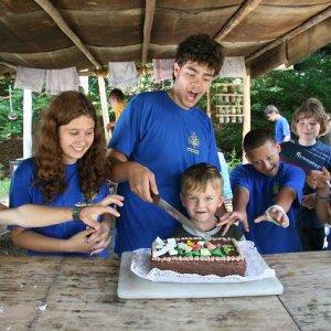 5.7.2008  13:42, autor: Teoretik / Cebigova big torta