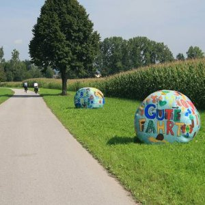 22.8.2008  10:40, autor: Teoretik / Gute fahrt