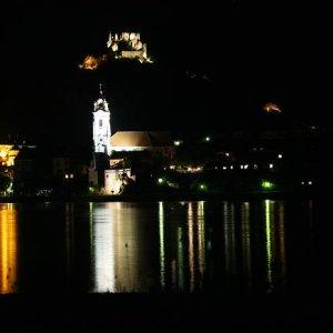22.8.2008  21:57, autor: Teoretik / Durnstain v noci
