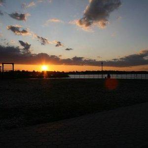 17.10.2008  17:45, autor: Teoretik / Slnko zapadlo ozaj prirýchlo