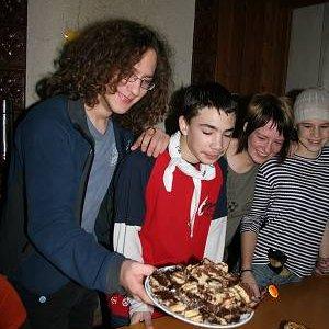 14.12.2008  9:18, autor: Teoretik / Johny a koláč s bebekeksov