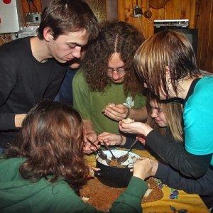 16.2.2009  22:00, autor: Teoretik / Dojedanie zvyškov guláša