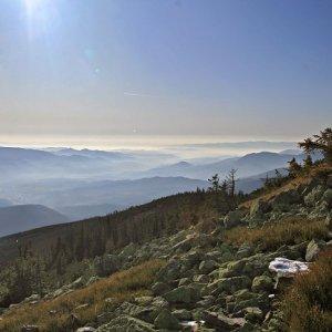 31.10.2009  14:50, autor: Teoretik / Vzdialené modré hory na horizonte