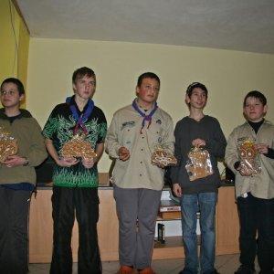 18.12.2010 23:07, autor: Teoretik / Dikobrazy - mega medovníky pre každú družinu