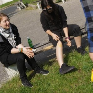 30.4.2011 9:30, autor: Vaniš / Ups, mám žltú nohu