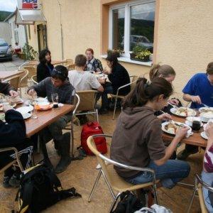 2.7.2011 14:51, autor: Teoretik / Obedová hostina bola ozaj milým prekvapením