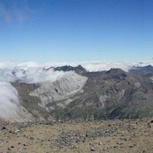 8.8.2011 13:54, autor: Teoretik / Panoráma z Monte Perdido (3355 m)