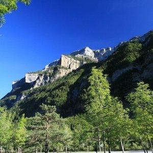 9.8.2011 19:34, autor: Teoretik / Tam hore, na skalnatom výbežku sme boli ešte pred 1,5 h