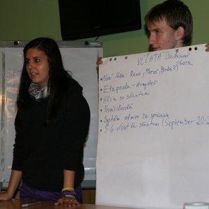 14.10.2011 23:13 / Vaniš prezentuje plány vĺčat