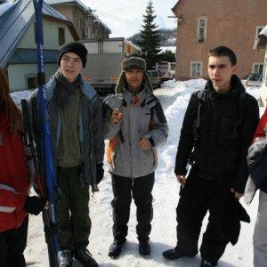 20.2.2012 12:09, autor: Teoretik / Čakáme na autobus, kamión zablokoval cestu