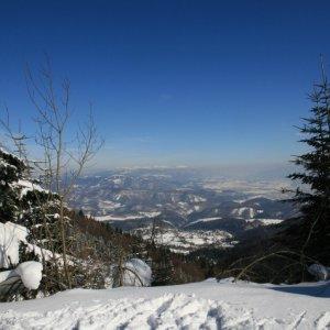 21.2.2012 12:08, autor: Teoretik / Pohľad do zasnežených diaľav