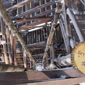 14.2.2015 13:27, autor: Lucia / Pohľad dolu s vysokej drevenej konštrukcie