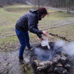 15.3.2015 14:51, autor: Vaniš / Vaniš hasí oheň