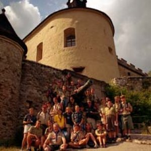 Spoločné foto pred hradom