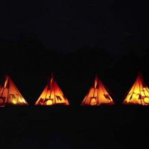 Noc na táborisku