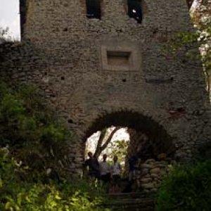 Brána na hrad Muráň
