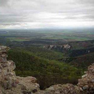 Pohľad z Tematína na Považie
