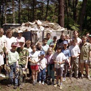 Prišli skauti a aj deti z dediny