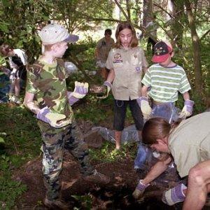 Čistenie lesa pri Borskom Mikuláši 18.-20.6.2004