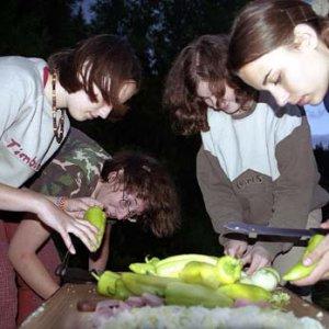 Plamienky chystajú večeru