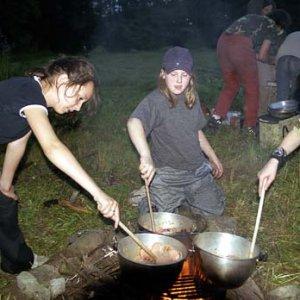 Prvá večera je tradične v kotlíkoch