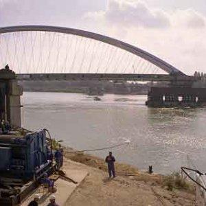 Vody bolo málo a tak bol prúd Dunaja veľmi slabý