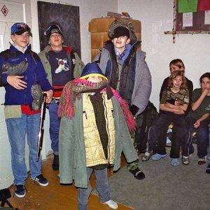 12.11.2004  22:22 / Niektorí drsňáci sa do toho riadne obuli!