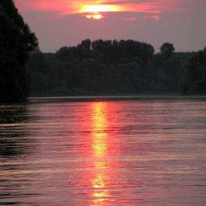 25.6.2005  19:33 / A máme ďalší pekný večer